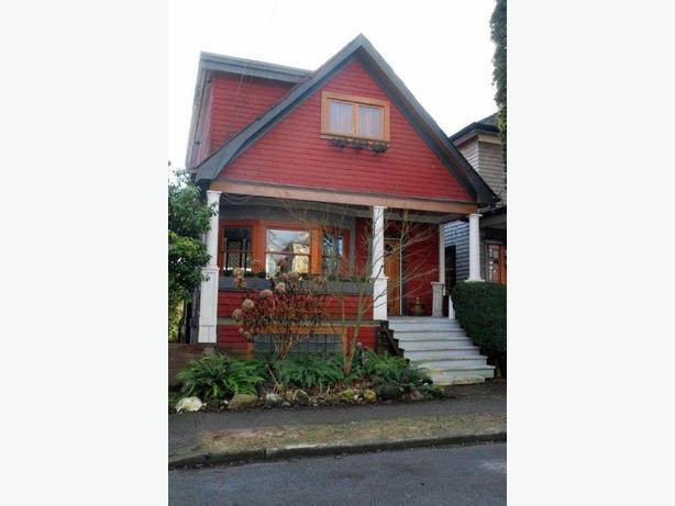 Clean Bright Furnished Suite for Rent in Commercial Drive Area #653
