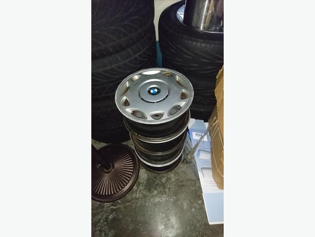 5x120 BMW steelies with hub caps 15 inch