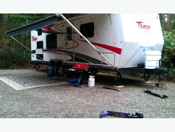 29' travel trailer renting camping RV rental