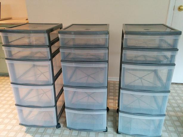 Beau 3x 5 Drawer Plastic Storage Units   Perfect Condition