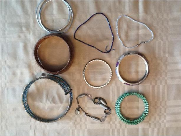 Bracelet blow-out $5 for all 9 Bracelets