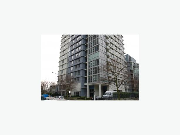 2 Bedroom Plus Den Furnished Oceanview Condo in Yaletown #695