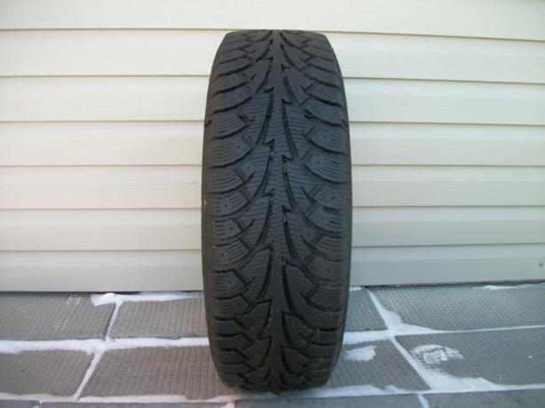 ONE (1) HANKOOK WINER I*PIKE TIRE /185/65/15/ - $30