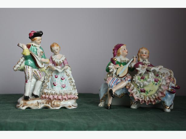 Vintage Pair of Japanese Figurines