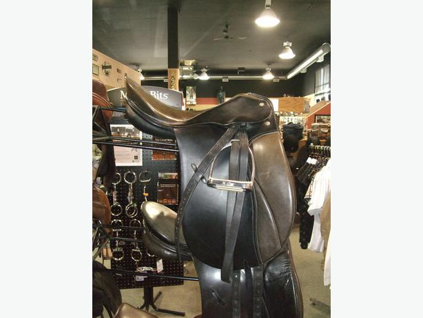 "Passier Grand Gilbert 17.5"" Dressage Saddle"