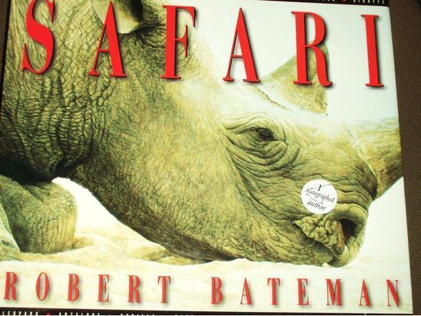 SIGNED EDITION OF ROBERT BATEMAN'S BOOK '' SAFARI ''