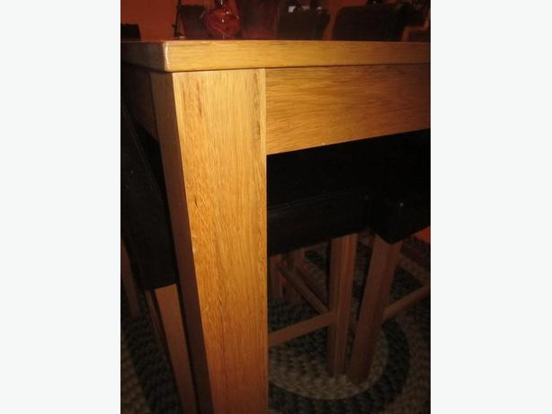 Sturdy oak wooden table