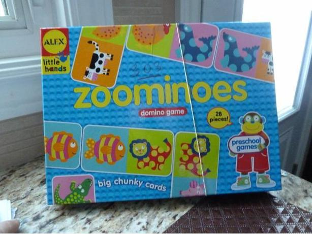 Little Hands Zoominoes