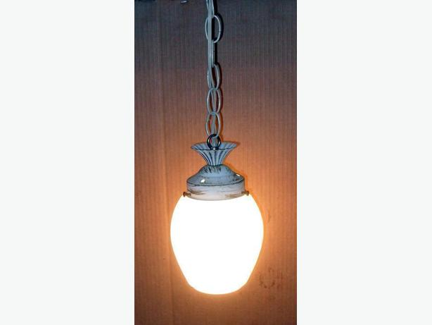 Good Condition Interior Hanging Electric Light