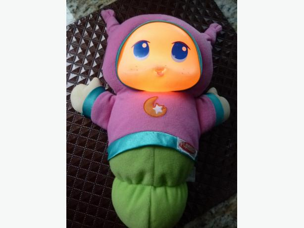 Playskool LULLABY GLOWORM Girl