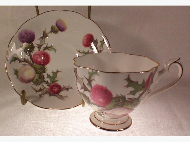 Queen Anne Dundee Thistle teacup & saucer