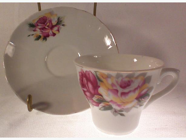 Japanese roses teacup & saucer