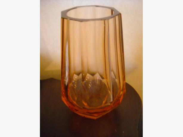 4U2C VINTAGE CRYSTAL PINK GLASS VASE