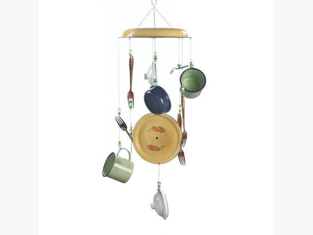 Fun Everything But The Kitchen Sink Rustic Windchime Brand New