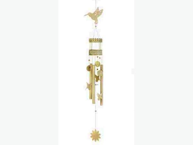 Creamy White Hummingbird Metal Windchime Brand New