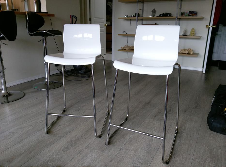 Two White Ikea Glenn Bar Stools Saanich Victoria
