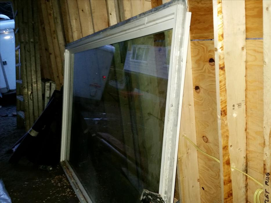 Double Pain Window : Free large double pain window yrs old central saanich