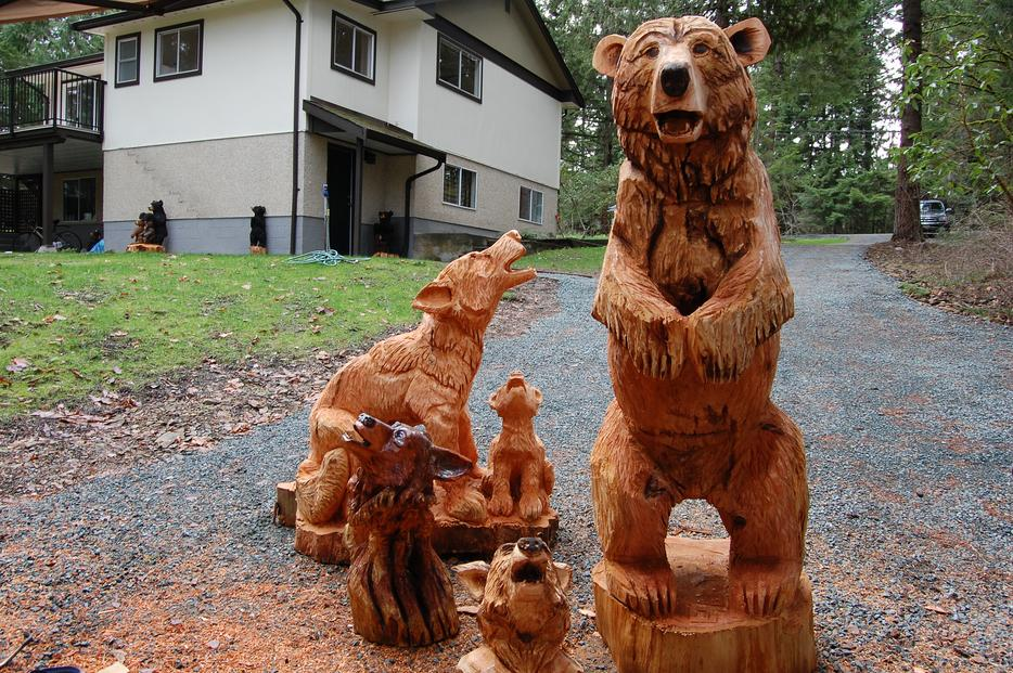 Chainsaw carvings unique gift valentine ideas chemainus