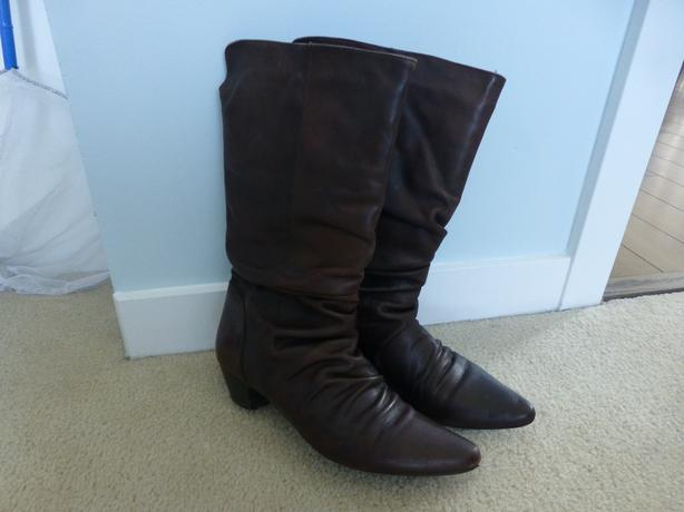 Ladies Leather Boots--Size 6