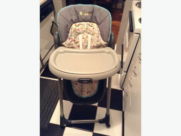 Superbe EUC Graco U0027Meal Timeu0027 Winnie The Pooh High Chair : graco mealtime high chair - lorbestier.org