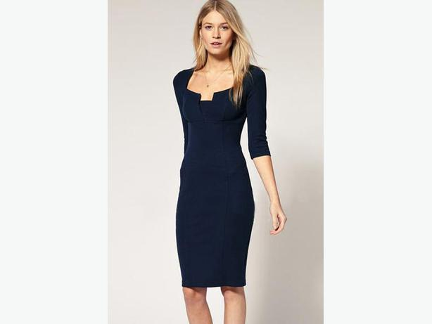 Exquisite Solid Neckline Navy Pencil Dress L