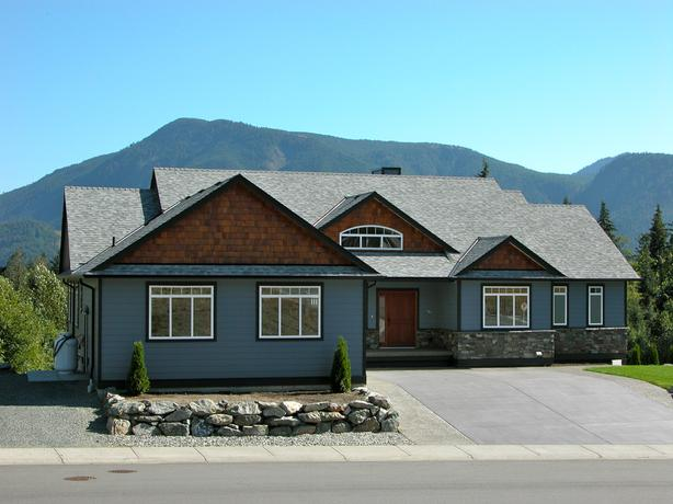 Custom Built Home In Lake Cowichan Van. Isl