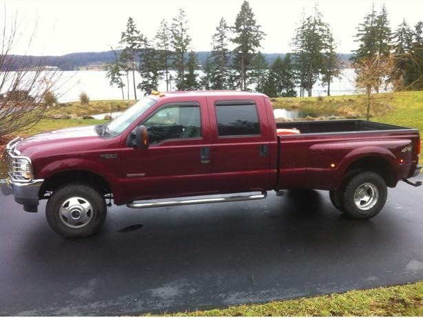 Turbo Diesel Dually Means Pulling Power & Comfort!  Great for Towing!