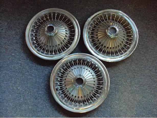 DODGE HUBCAPS