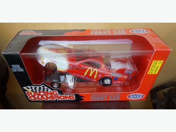 4U2C RACING CHAMPIONS CAR IN BOX 1996 EDITION 1/24 SCALE