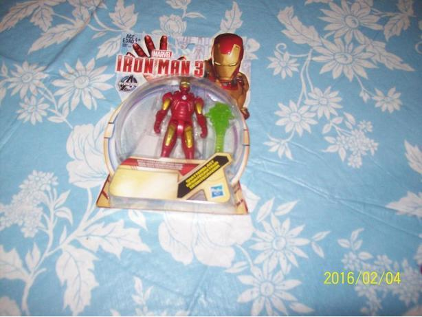 IRON MAN 3  FIGURE    FROM THE MOVIE