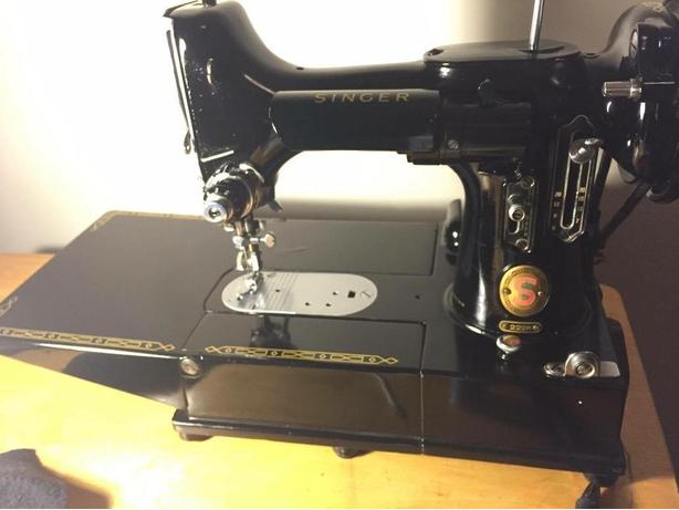 looking  for portable Singer Sewing machine