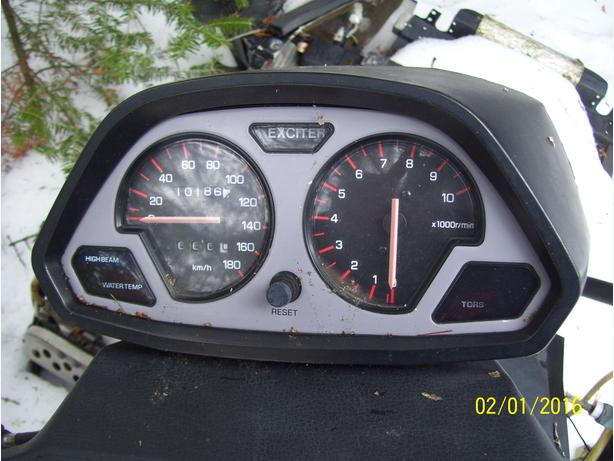 Yamaha Exciter SX guages speedo tach instrument cluster