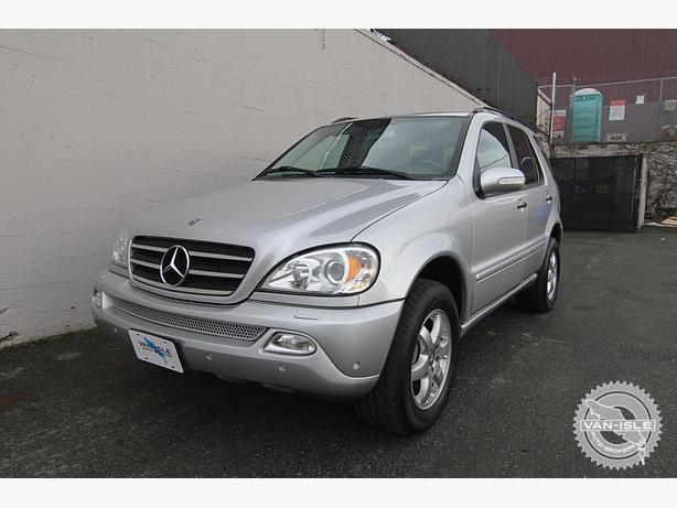 2003 mercedes benz ml500 72 000k 7 passenger outside comox for Mercedes benz 7 passenger