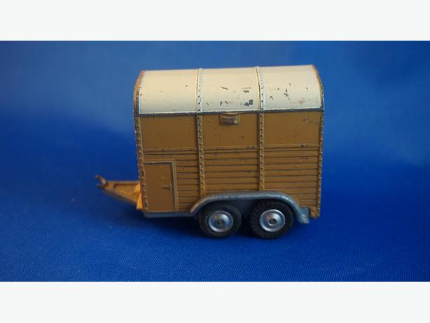 4u2c CORGI RICE PONY TRAILER MADE IN GR BRITIAN
