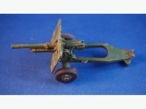 4u2c 686 CANON 25 PR GUN MECCANO MADE IN ENGLAND