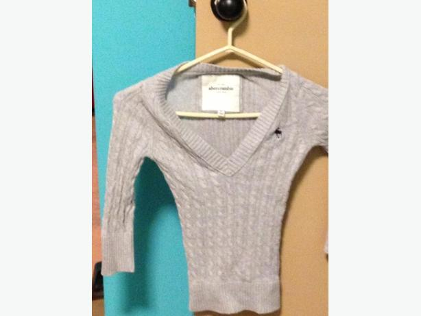 abercrombie grey sweater
