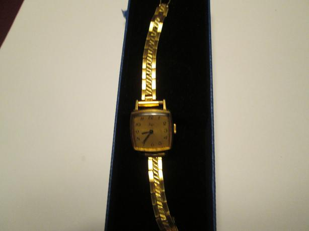 LADIES VINTAGE MECHANICAL WATCH