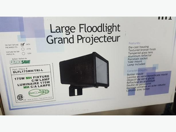 Flood lights metal halide