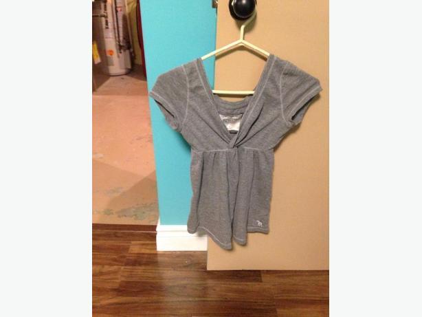 abercrombie grey shirt