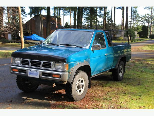 1995 nissan xe v6 hardbody pickup truck campbell river. Black Bedroom Furniture Sets. Home Design Ideas