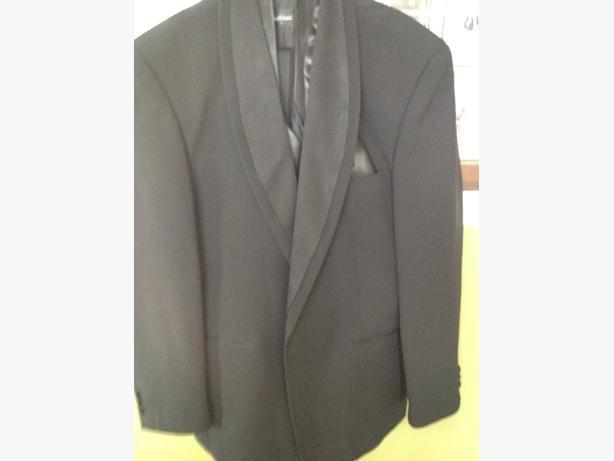 Black 7PC Mens Tuxedo