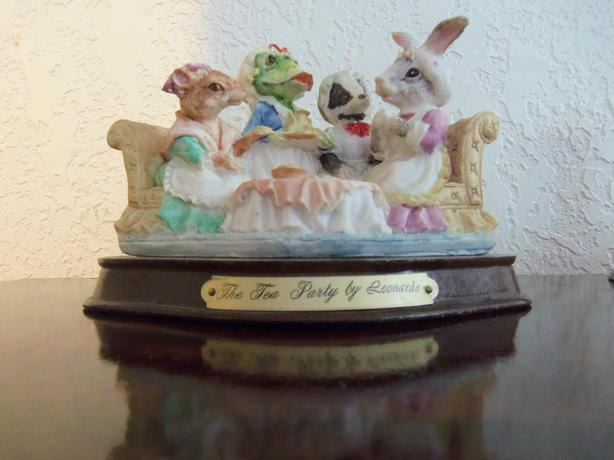 TEA PARTY FIGURINE