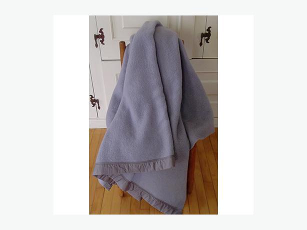 Vintage Kenwood Grey Woolen Blanket