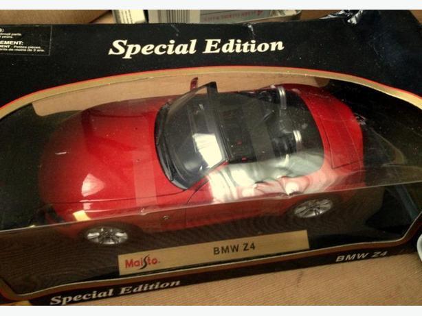 MAISTO BMW Z4 1:18 SCALE SPECIAL EDITION