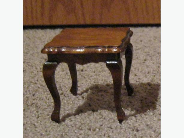 doll house french provincial side table