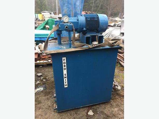 Ford Smith Hydraulic Hoist Pumping System with reservoir