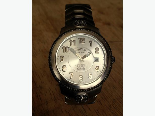 FIELD & STREAM WESTERN CLASSIC MENS WATCH