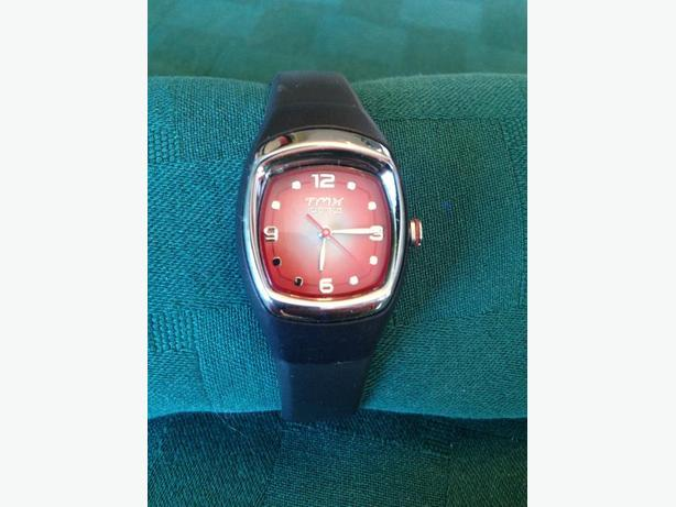 Ladies or Child's TIMEX Indiglo Sports Watch 100M Water Resistant