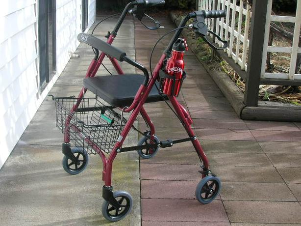 NEARLY NEW BIOS DIAGNOSTICS ROLLATOR WALKER FOR SALE