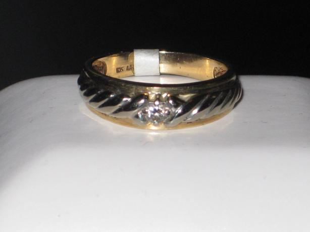 price reduced 10k white yellow gold ring size